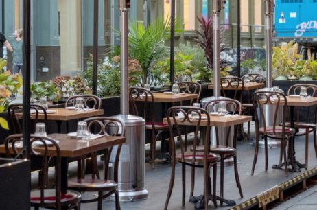 Here Are Tips To Build Outdoor Dining Area In The Restaurant